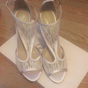 Light Pink Mischka Horizon Ankle Strap Sandal